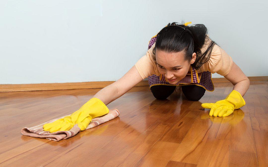 ¿Cómo limpiar el parquet de forma eficiente?